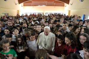 20180525T1349 17596 CNS POPE MERCY SCHOOL 300x200 - POPE MERCY FRIDAY VISIT