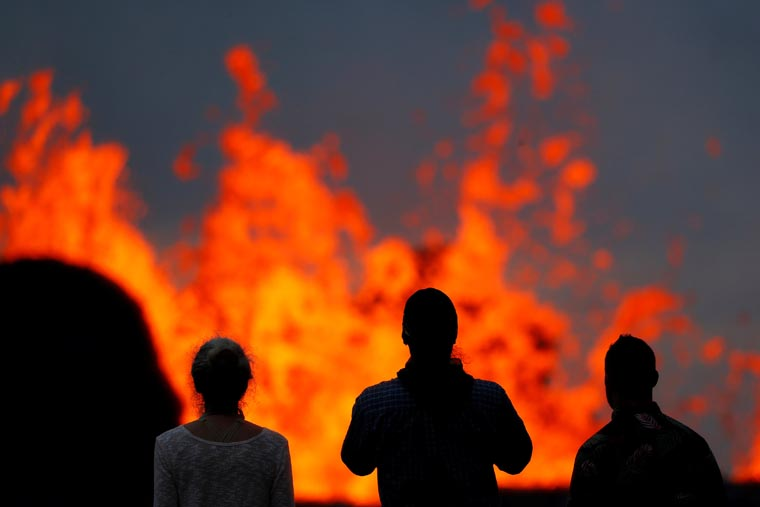 Hawaii parishioners displaced by lava ask for prayers