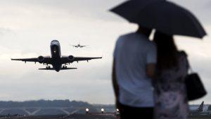 20180626T1118 0170 CNS SCOTUS TRAVEL BAN 1 300x169 - WASHINGTON COMMERCIAL AIRPLANES