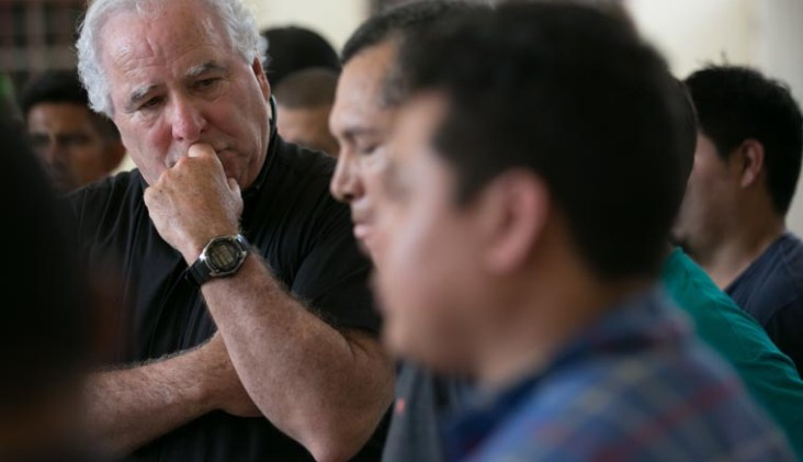 Chicago clergy join Catholic Extension at border to see migrants' plight