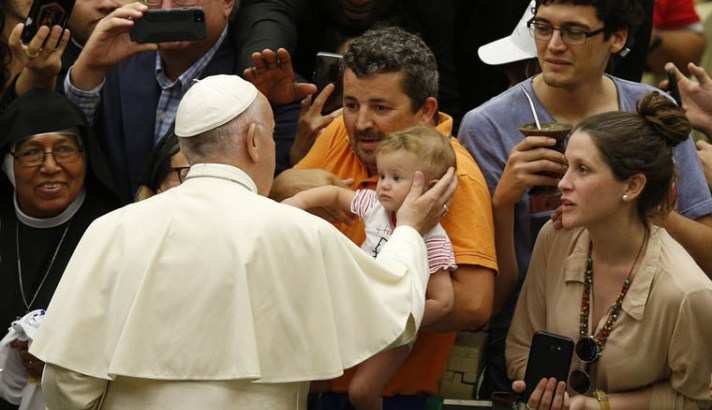 Idolatry of wealth, beauty demands a costly sacrifice, pope says