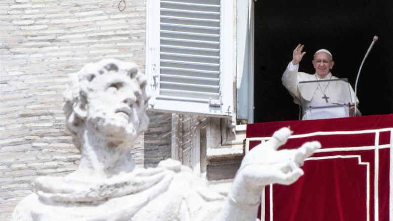 On Assumption feast, pope asks consolation for all who suffer