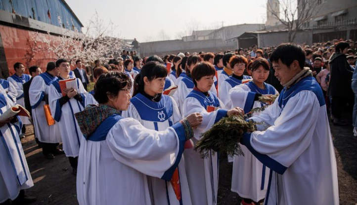 As part of message to Catholics in China, pope offers prayer to Mary