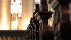 church pews 2401405 1280 300x172 - church-pews-2401405_1280