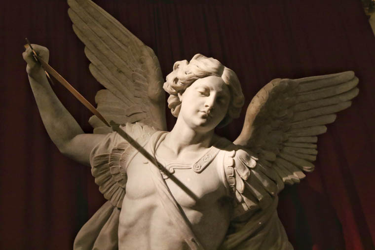 Prayer to St. Michael makes resurgence in response to abuse crisis