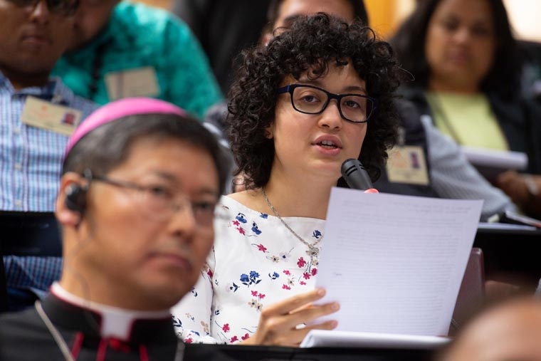 Young U.S. religious woman talks to synod about 'accompaniment'
