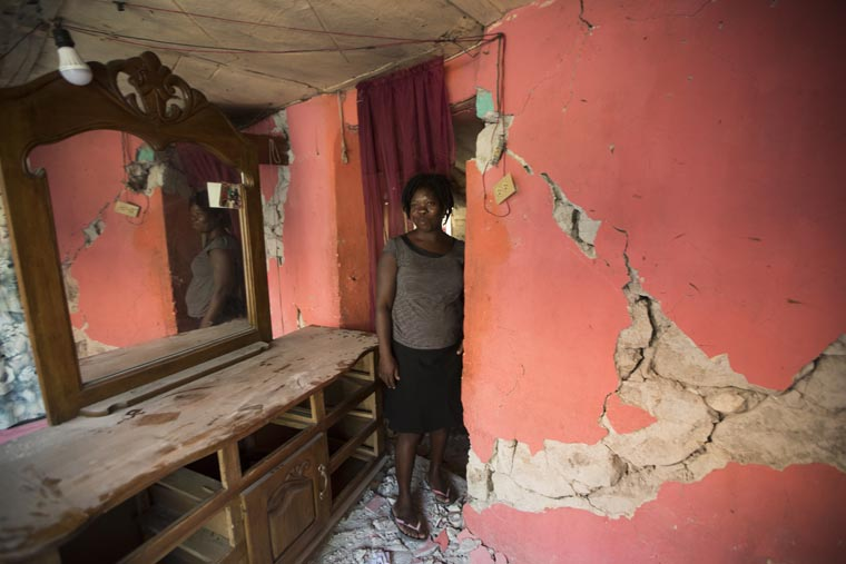 Catholic, grass-roots groups work with survivors after Haitian quake