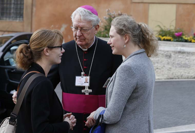 Synod groups focus on need for qualified accompaniment