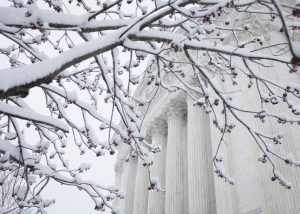 20180321T1501 0046 CNS WASHINGTON WEATHER 300x214 - U.S. SUPREME COURT SNOW