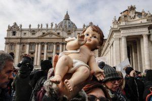 20181217T1012 1501 CNS POPE ANGELUS BABY JESUS 300x200 - POPE ANGELUS BABY JESUS