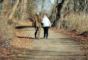 old couple walking pixabay 300x207 - old couple walking_pixabay