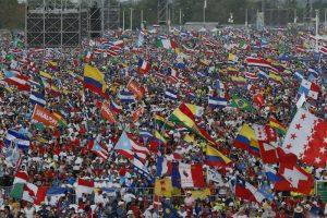 20190126T2107 0956 CNS POPE PANAMA WYD VIGIL 300x200 - POPE PANAMA