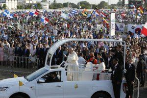 20190127T0858 0996 CNS POPE PANAMA WYD MASS 300x200 - POPE PANAMA
