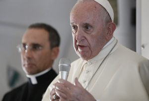 20190205T1040 24244 CNS POPE UAE PLANE 300x204 - POPE UNITED ARAB EMIRATES