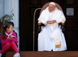 20190325T0836 25258 CNS POPE LORETO DOCUMENT YOUNG 300x220 - POPE LORETO FEAST SHRINE ITALY