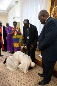 20190411T1314 25835 CNS POPE SOUTH SUDAN 200x300 - POPE SOUTH SUDAN RETREAT VATICAN