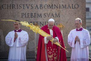 20190414T0737 303 CNS POPE PALM SUNDAY 300x200 - POPE PALM SUNDAY VATICAN