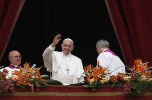 20190421T0726 7 CNS POPE EASTER SUNDAY 300x198 - POPE EASTER VATICAN