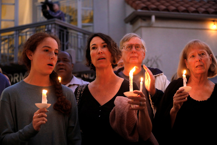 Catholic bishops condemn Poway synagogue shooting