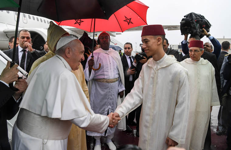 Education, dialogue essential for peace,  say pope and king