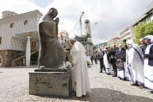 20190507T0533 2 CNS POPE MOTHER TERESA 1 300x201 - PAPAL VISIT BULGARIA NORTH MACEDONIA