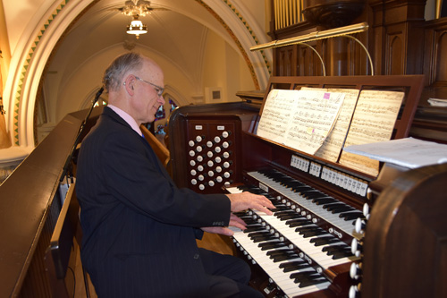 Todd Wilson best - Glory days begin for basilica's mighty Skinner organ