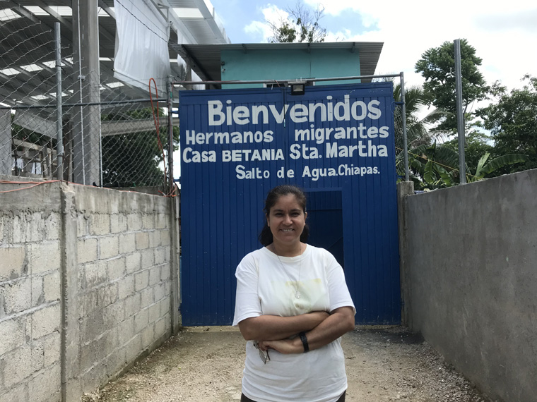 Nun tries to warn Central Americans: Travel through Mexico is dangerous