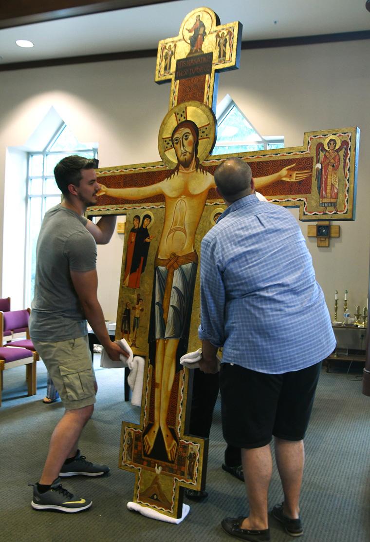 20190828T1125 0317 CNS SLC STIGMATA CROSS 1 - Replica of the Cross of the Stigmata installed in Salt Lake City