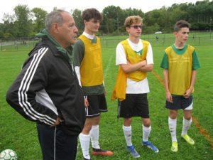 Oscar with 3 players 300x225 - Oscar with 3 players