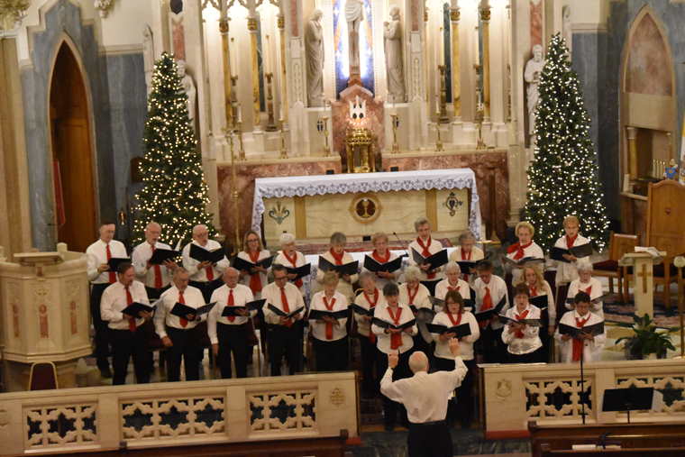 Advent concert features choir, carols at basilica