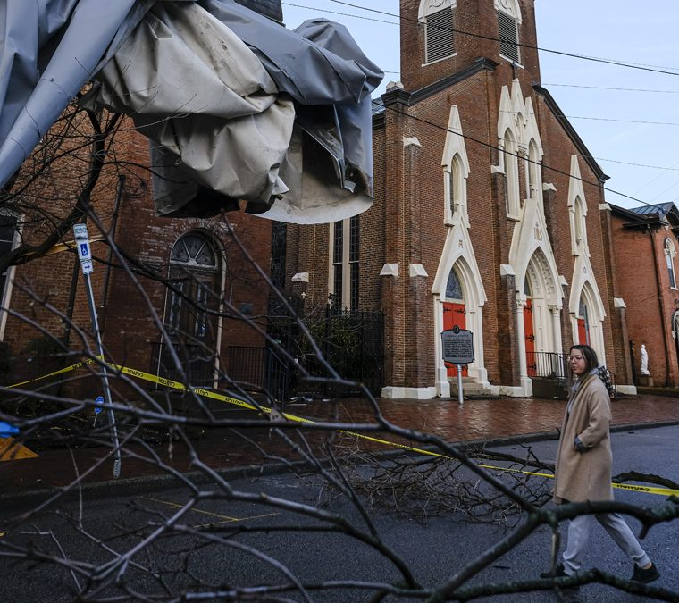 Nashville, Tenn., begins long recovery from devastating tornado