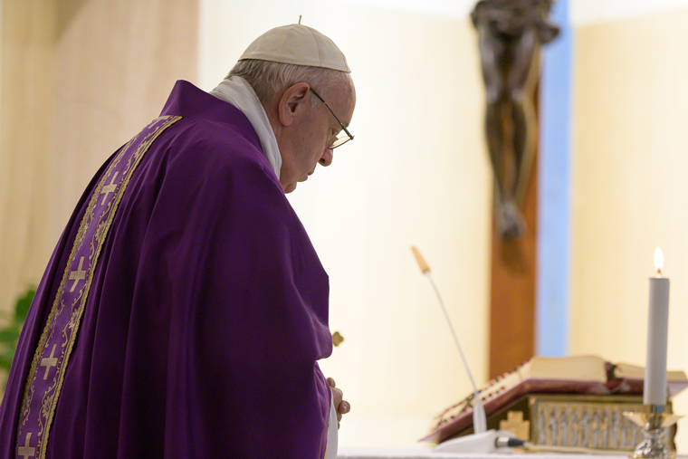 Pope prays for people in financial difficulty because of pandemic