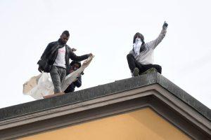 20200324T1004 1197 CNS VATICAN LETTER PRISON COVID19 300x200 - INMATES REVOLT ITALY PRISON