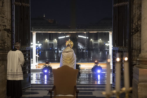 Pope's 'virtual' congregations show true unity in prayer, Jesuit says