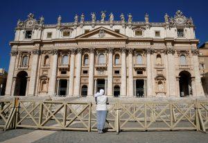 20200527T0919 61 CNS POPE AUDIENCE PRAYER POWER 300x206 - ST. PETER'S VATICAN
