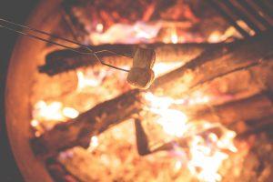 campfire 1031141 1920 300x200 - campfire-1031141_1920