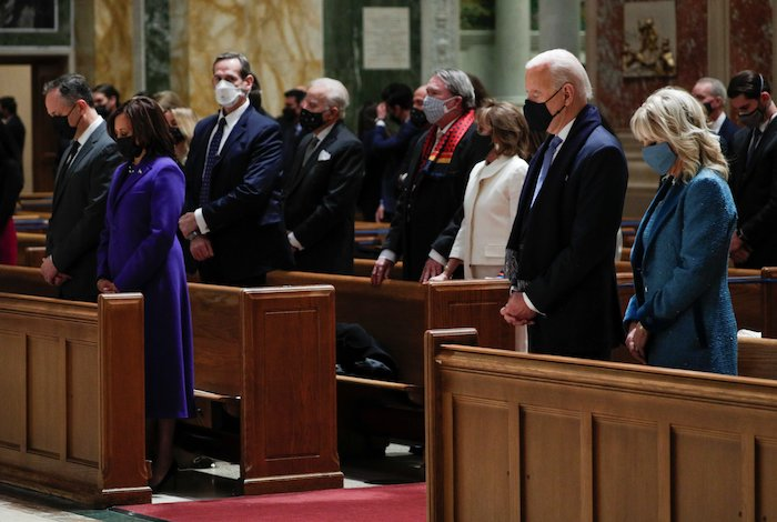 Leaders of both parties join Biden, Harris for Mass of thanksgiving