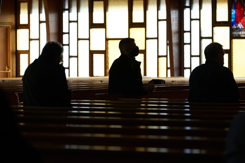 men backlit color - IGNITE Catholic Men's Conference 'super-pumped' for faith