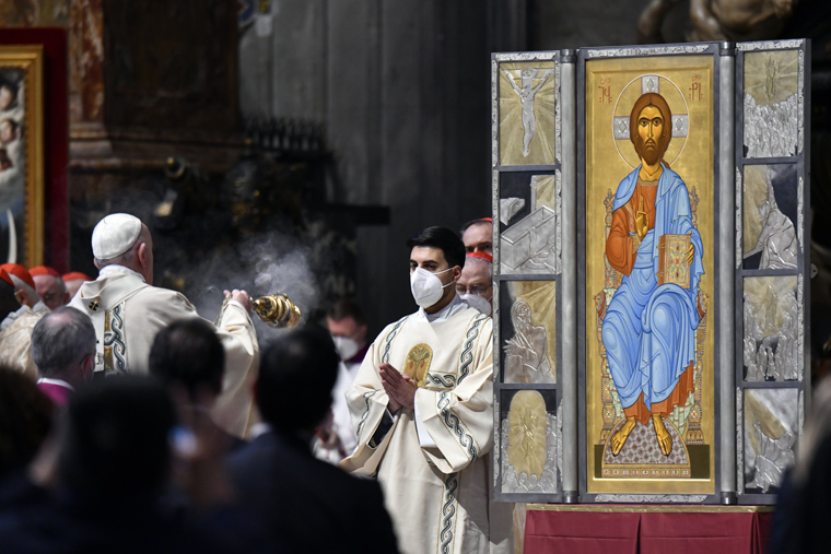 Easter season is time to seek the risen Lord, experience joy, pope says
