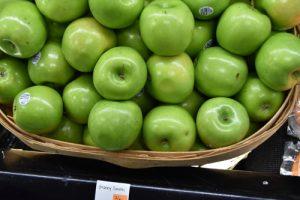 apples 300x200 - apples