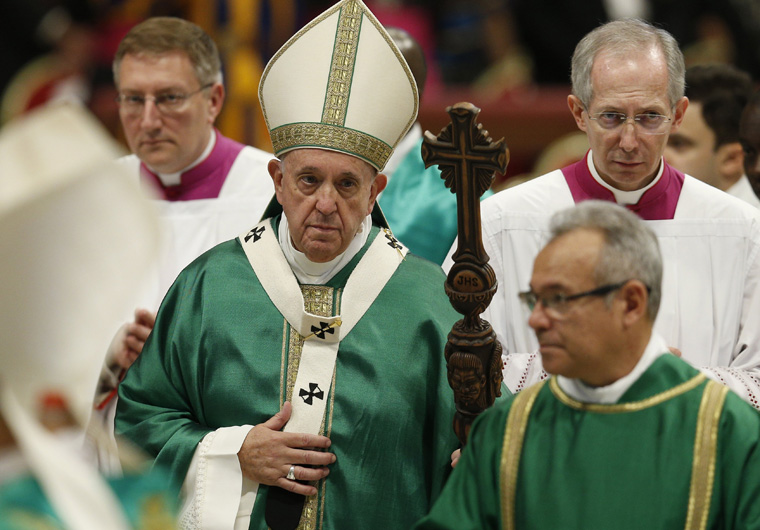 Pope to begin synodal process with Mass in St. Peter's Basilica