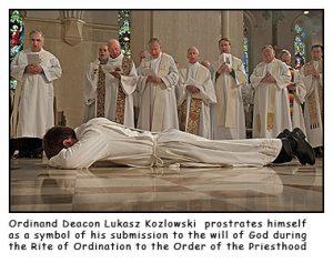 Lukasz prostrate 300x237 - Lukasz-prostrate